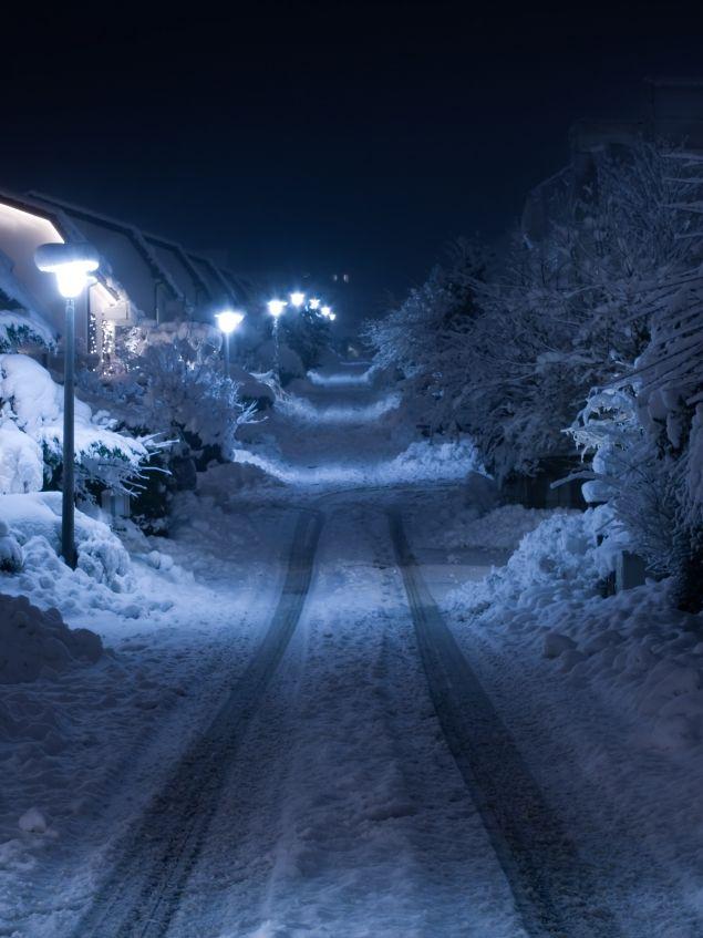 Фото снежной ночной трассы