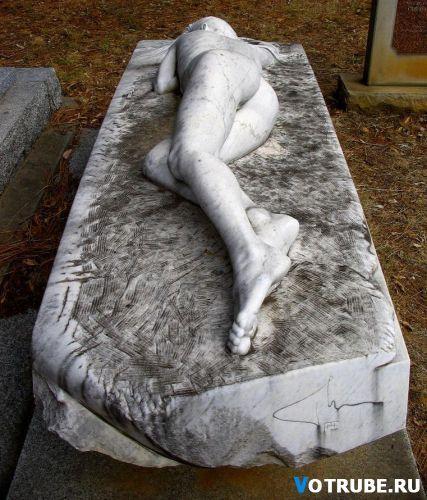 Надгробного памятник своими руками