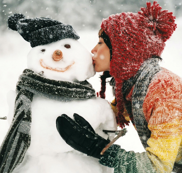 Обложка произведения 'Снег почуяв...'